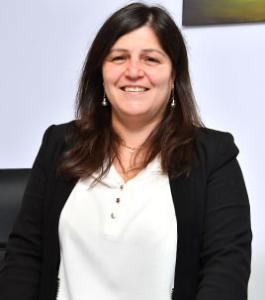 Denise-Karatay-portait-Conseillère-formatrice-Tec.Ge.Coop